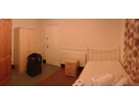 En-suite room to rent in Leopold st