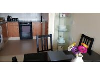 Large 2bed new built flat in E3