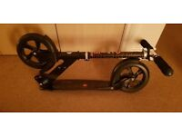 Micro Scooter Black - almost brand new condition with original packaging