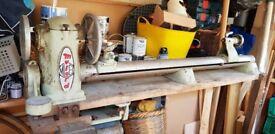 Wood turning lathe, set of chisels