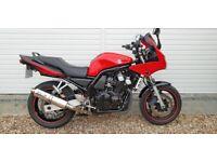 2003 Yamaha FZS 600 Fazer, great condition £1500 0vno