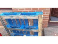 Pallets.. 4 assorted
