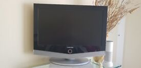 """Samsung tv 26"""" LE26R51BDX full working and immaculate condition with original remote"""