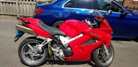Honda 2004 VFR800 red excellent condition
