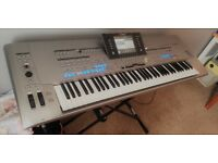 Yamaha Tyros 5 76 Keys in Excellent Condition