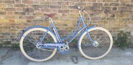 Lovely pashley poppy bicycle