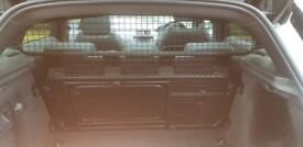 Range Rover Evoque Dog Guard