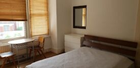 Attractive room in Willesden Green house share
