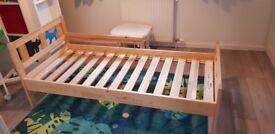 KRITTER - bed frame
