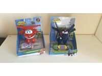 Superwings transforming Jett & Agent Chase