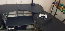Paid 100 pounds for this desk 6 months ogo