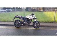 Ducati hypermotard 800cc