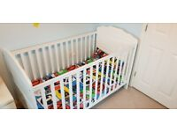 OBABY White cot bed, excellent condition