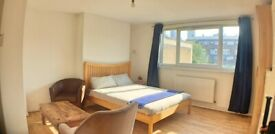Large Studio Flat Available in Docklands E14 - Universal Credit Welcome