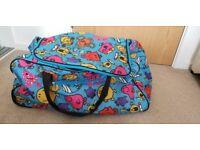 Mr Men & Little Miss Character Wheeled Holdall Bag (Large)