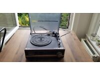 Camry turntable/record player