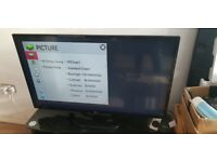 """LG 42"""" Full HD 1080p Freeview HD Smart LED TV £220"""