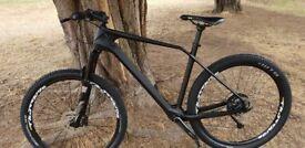 New Carbon MTB 21 Inch Frame, 27.5 Wheels, Matte Black, 11.2kg (24.7lbs)