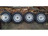 VW T5 Wheels X4 Tyres & Centre Caps 205/65/R16/ Commercials