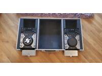2X Pioneer CDJ 400 Decks + Swan Flight Coffin Case