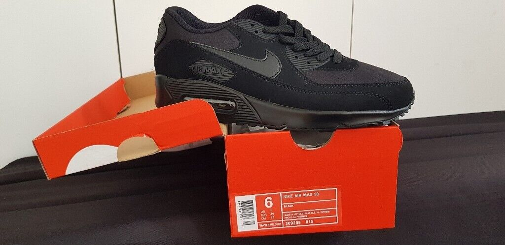huge discount 2e6ab 84ad9 Nike Air Max 90 Black Size 6 BOXED BRAND NEW | in Westminster, London |  Gumtree