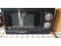 Black Signature microwave.