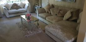 2 & 4 seater crushed velvet sofa. Complete with scatter cushions