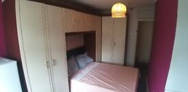 Spacious Double Room ALL BILLS INCLUDED next to Crystal palace Station