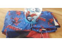 Ultimate Spiderman matching bedding, curtains and lightshade