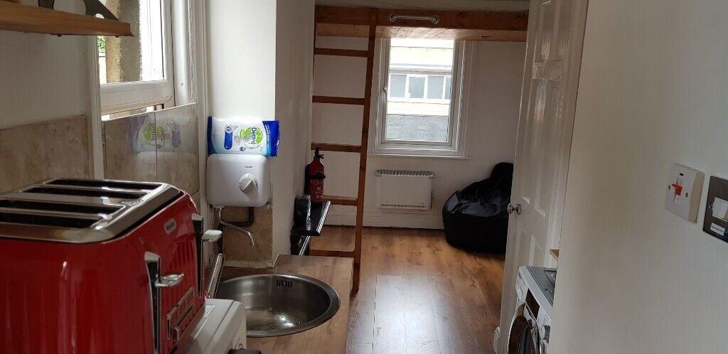Studio Apartment - Clapham London SW4 - Available mid Sept ...