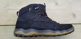 ECCO Men's Gore-Tex Ulterra Trekking and Hiking Boots Size 9/Euro 43