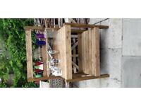 Potting Table / Garden Bar