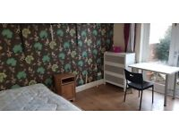 Double room with own garden access, Alexandra Road, Hendon, NW4.