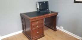 Computer/ Study Desk ( Real wood) no Vineer
