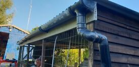 Free chicken run and coop. H 2mts L 5mts W 2mts