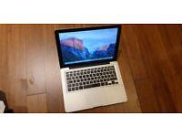Macbook Pro 13 inch laptop 750gb hd Intel 2.26ghz Core 2 duo processor