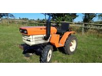 Kubota B1400DT Compact Tractor 19HP 4WD - Excellent condition £3250 ono Can Deliver