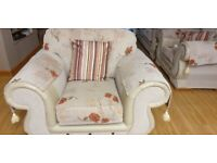 3 + 2 + 1 Part Leather Sofa suite (please text with offerS)