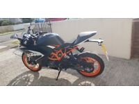 KTM RC 125. 868 miles on the clock perfect condition