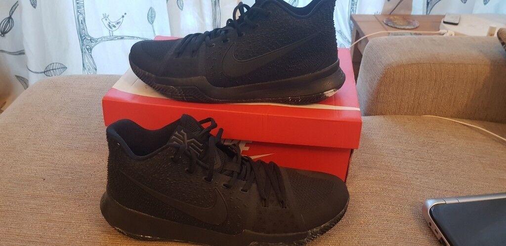a7a3671f5d33 Nike Kyrie 3 triple black marble soles
