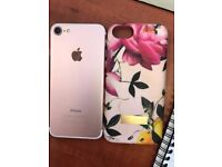 Iphone 7 - 32GB - Rose Gold - Comes with Ted Baker Phone Case