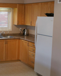 2 bedroom with fenced yard APRIL 1 OR 15