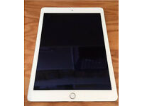 Apple Ipad air 2-16Gb Gold (Almost New)