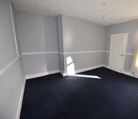 NO FEES! Ideal location 3 Bedroom upper Flat