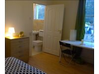 RUSH! COUPLES ACCEPTED** DOUBLE ROOM TOILET AND BATHROOM INC. ONLY 180PW 15MINS TO BRIXTON STATION**