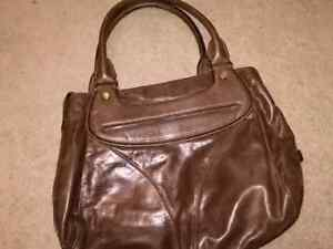 COLE HAAN BROWN LEATHER PURSE!! Kitchener / Waterloo Kitchener Area image 2