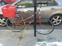 Woman's Raleigh Bike, Great Condition