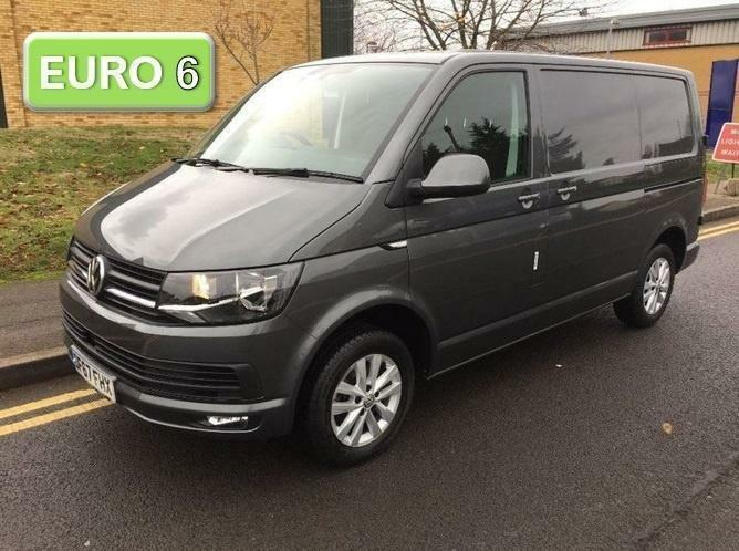 6837646b8b0592 2017 Volkswagen Transporter 2.0 TDI BlueMotion Tech T28 Highline Panel Van  5dr E
