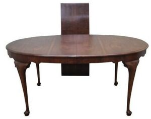 Dining Table with 4 Chairs with leaf Queen Anne Style