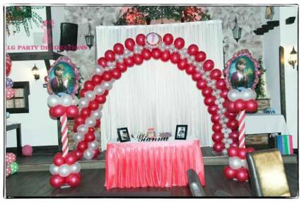 BALLOON DECORATION FOR PARTIES